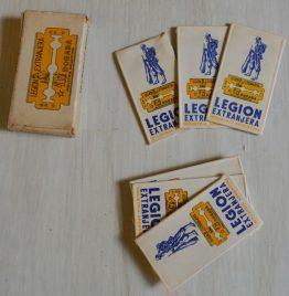 caja de hojas de afeitar legión extranjera usadas