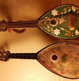 2 mandolinas caja musical a reparar no funcionan