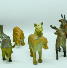 11 animalitos plásticos medidas entre 5 y 7 cm aprox